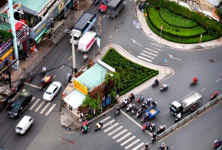 Căn nhà kì dị ở Sài Gòn