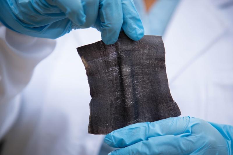 Kỹ thuật in laser sản xuất vải số hoá chống thấm nước trong vài phút