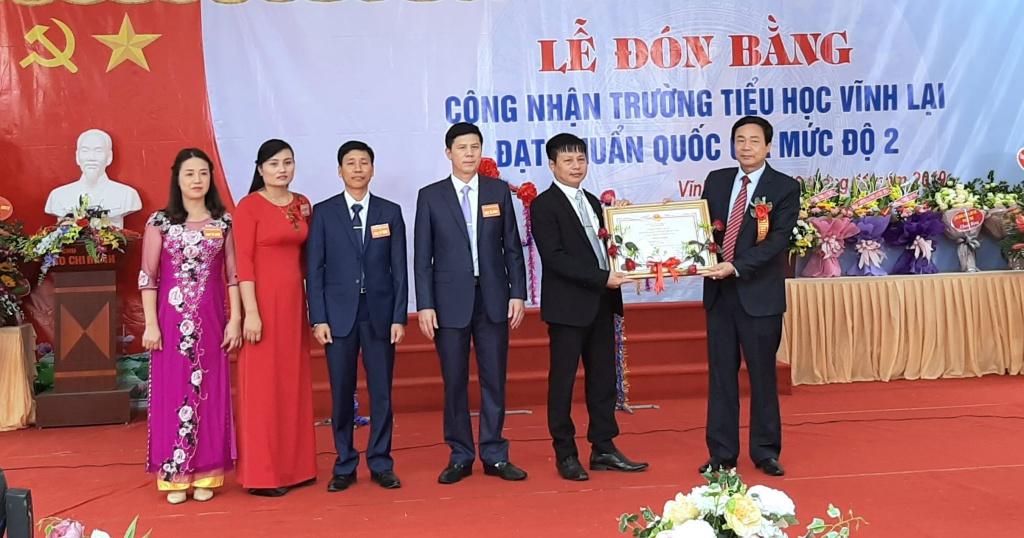 Lâm Thao (Phú Thọ): Trường Tiểu học Vĩnh Lại đón bằng công nhận trường chuẩn Quốc gia mức độ 2