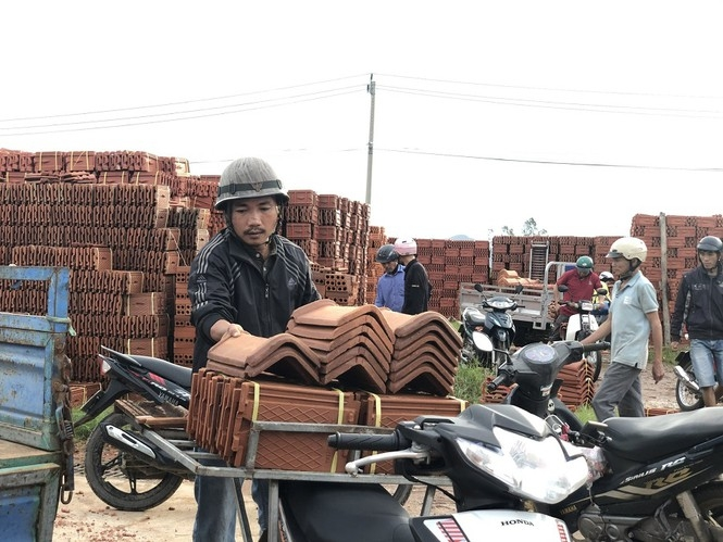 quang ngai gia ngoi ton tang bat thuong sau bao so 9