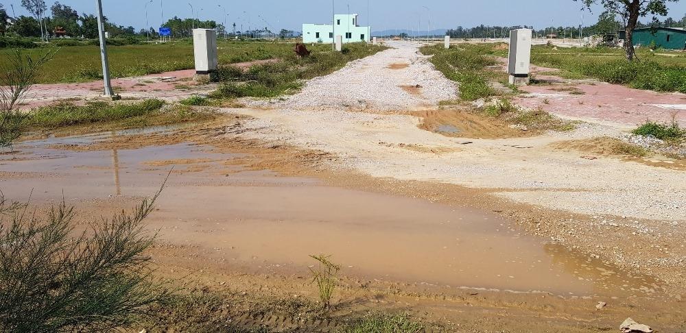 """Sầm Sơn (Thanh Hóa): Dự án mặt bằng tái định cư có """"hành"""" dân?"""