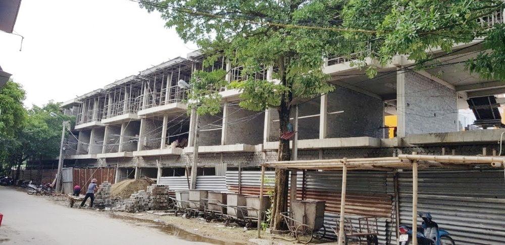 Nghi Sơn (Thanh Hóa): Vô tư xây chợ Còng vượt phép