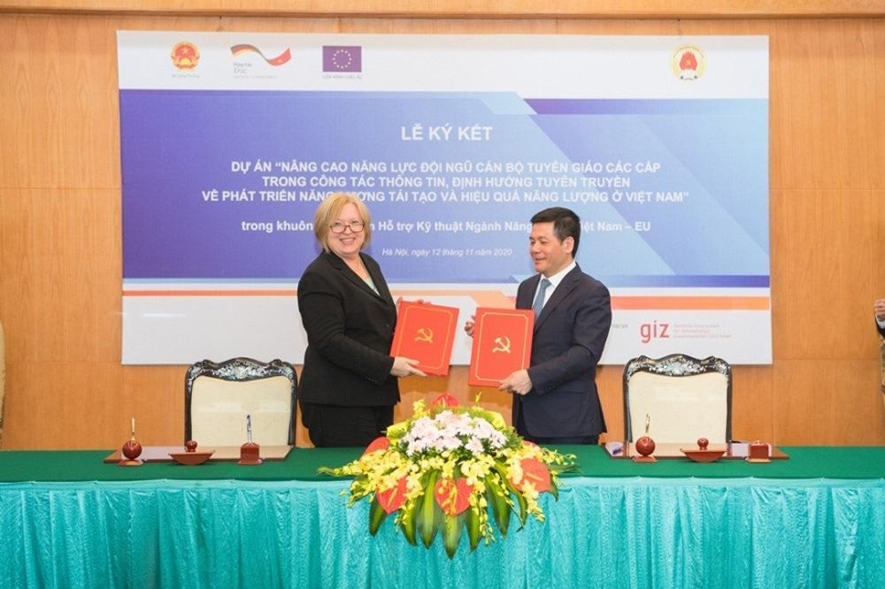 Ban Tuyên giáo Trung ương và Dự án EVEF ký kết dự án về nâng cao năng lực đội ngũ cán bộ tuyên giáo các cấp