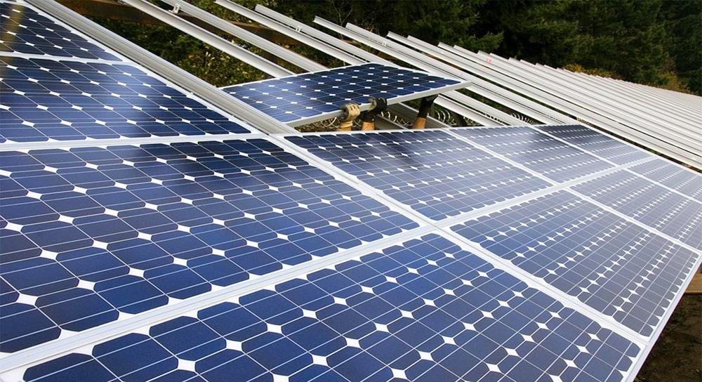 Pin mặt trời hết hạn có hại không và tái chế như thế nào?