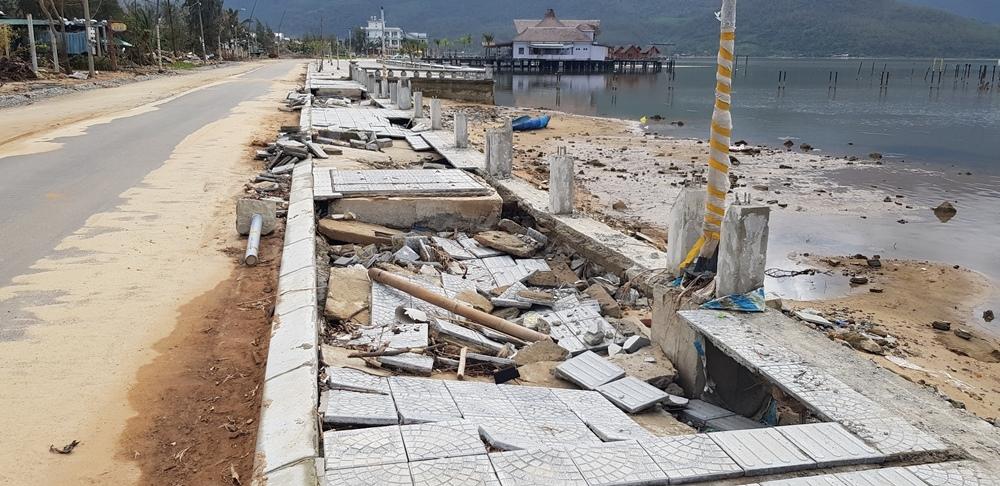 Thừa Thiên – Huế: Công trình hơn 170 tỷ đồng hư hỏng nghiêm trọng do mưa bão?