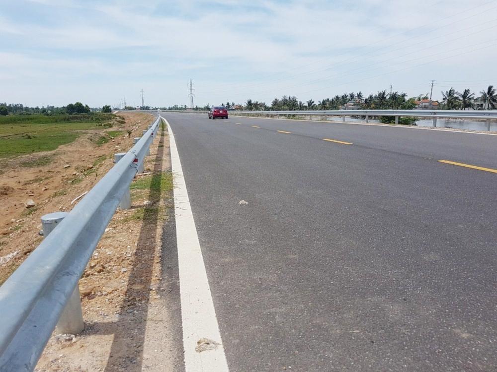 Quảng Ninh: Trưng cầu ý kiến các nhà khoa học về xây dựng đường có chạm vào di tích