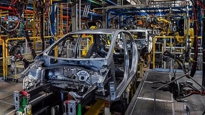 Sản xuất công nghiệp trong nước tăng mạnh