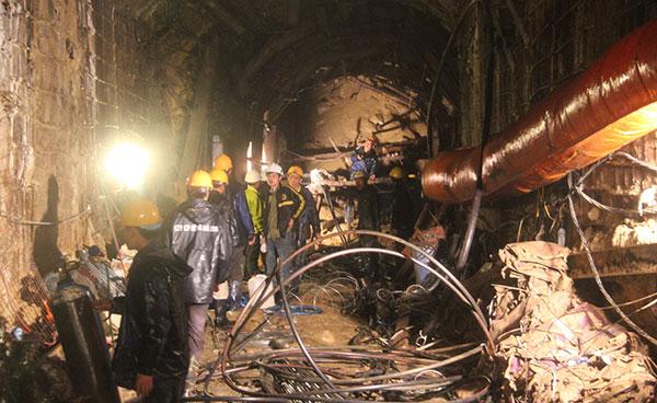 Sẽ huy động thêm thiết bị cứu hộ nước ngoài nếu các đường hầm đang đào gặp sự cố
