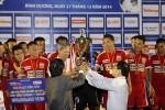 B.Bình Dương giành Siêu Cup 2014