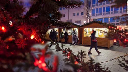 15 địa điểm đón Giáng sinh tuyệt nhất thế giới - Ảnh 8