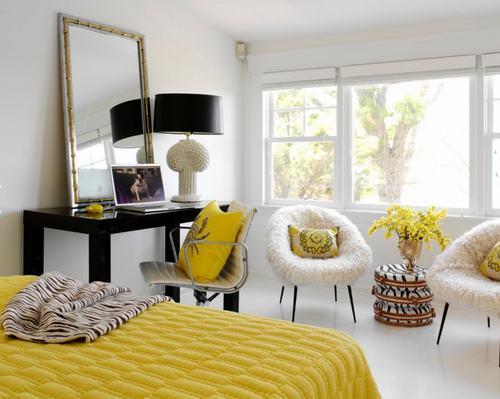 103226baoxaydung image006 Cùng nhìn qua những mẫu ghế trắng trang nhã cho phòng ngủ