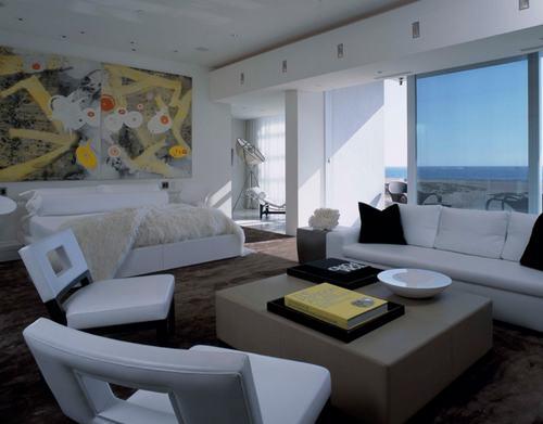 103226baoxaydung image014 Cùng nhìn qua những mẫu ghế trắng trang nhã cho phòng ngủ