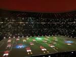 Clip màn trình diễn ánh sáng 3D của Bayern tri ân người hâm mộ