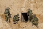 Israel phá hủy đường hầm 1 km xâm phạm lãnh thổ