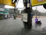 """Sau mưa bão, Đà Nẵng """"nóng"""" vấn đề thoát nước và xử lý nước thải"""