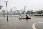 Mưa lũ ở miền Trung làm 6 người chết, 23.000 ngôi nhà bị ngập