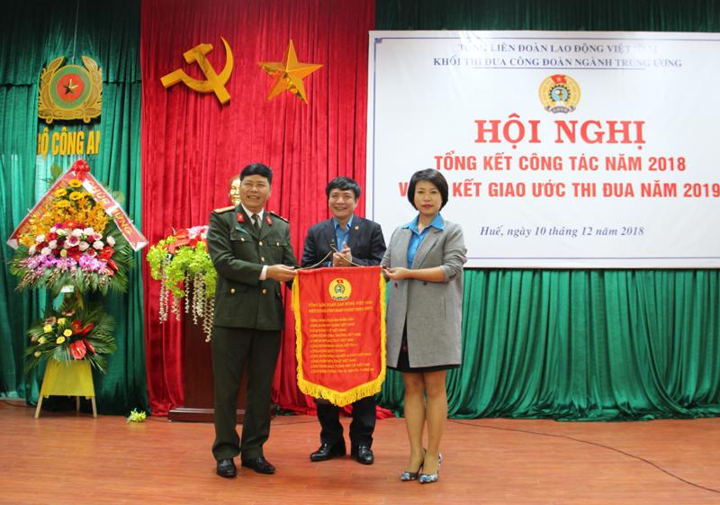 Công đoàn Xây dựng Việt Nam là Khối trưởng Khối thi đua Công đoàn ngành Trung ương năm 2019