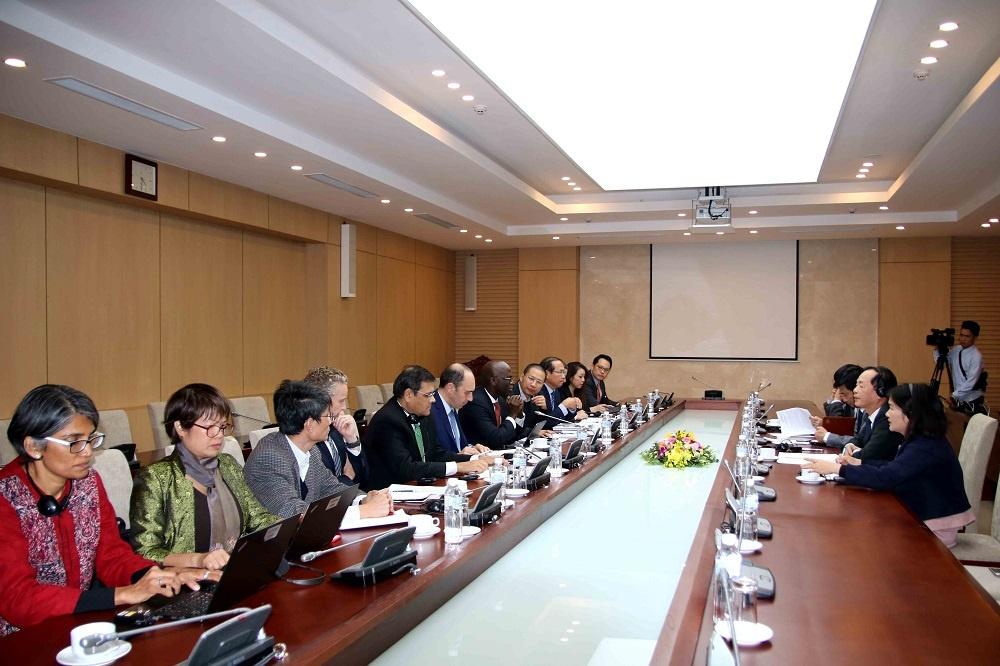 Bộ trưởng Phạm Hồng Hà tiếp Giám đốc phát triển bền vững vùng Đông Á - Thái Bình Dương của WB