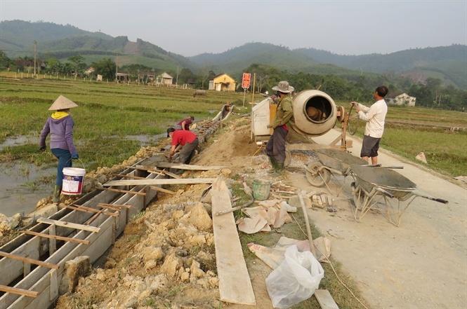 Xã miền núi về đích nông thôn mới