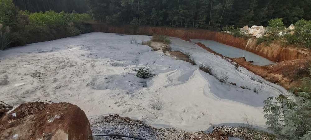 Nghệ An: Nguy cơ ô nhiễm từ những xưởng chế biến đá trắng