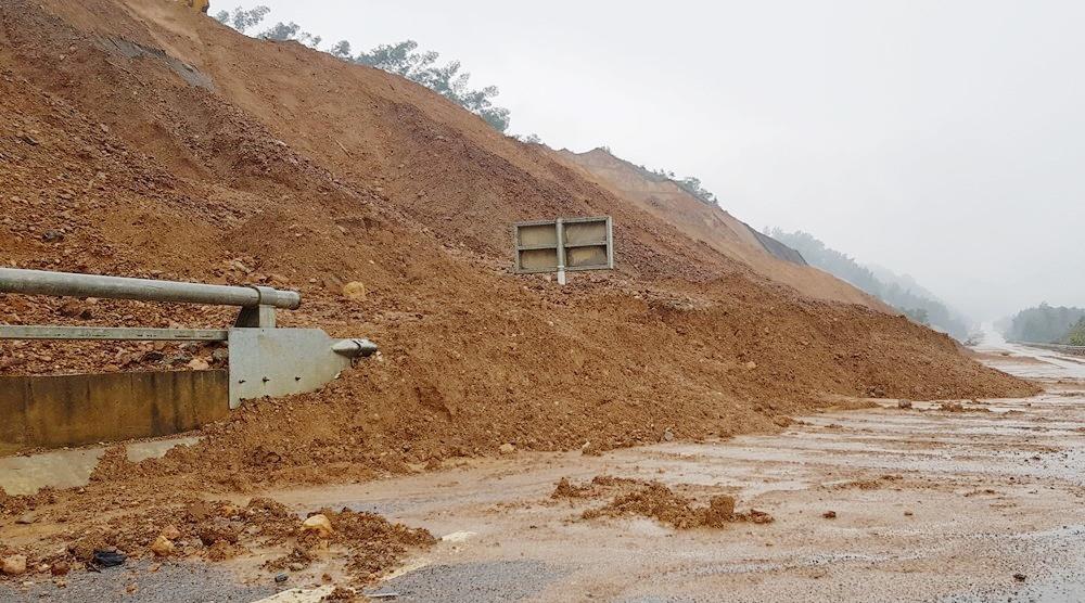 Thừa Thiên – Huế: Hơn 322 hộ dân nằm trong vùng nguy cơ sạt lở cần phải di dời