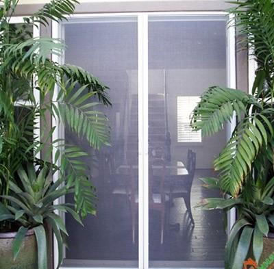 Phòng chống côn trùng với cửa lưới