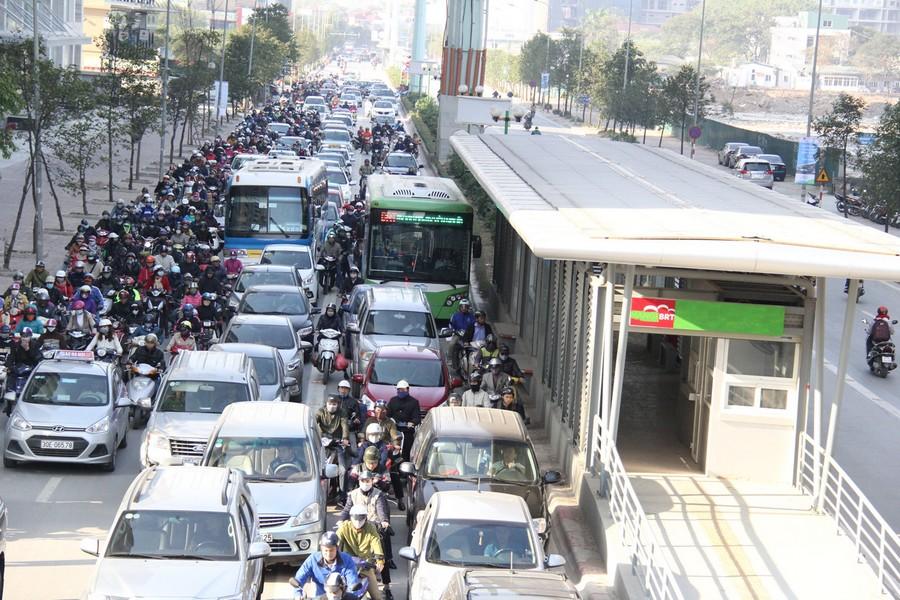 Nghĩ về giao thông đô thị Hà Nội