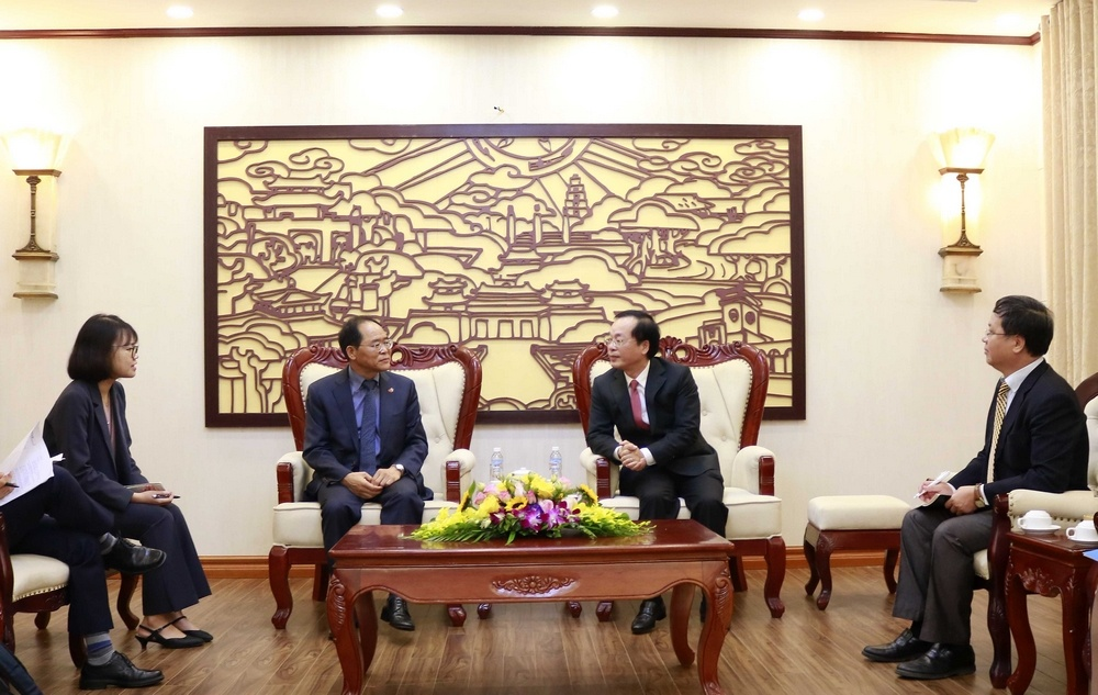 Tăng cường hợp tác với Hàn Quốc trong phát triển đô thị thông minh và nhà ở xã hội