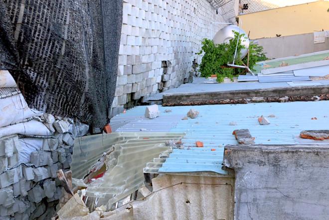 Chủ dự án biệt thự 5 sao né cam kết mua lại đất dưới kè chắn bị nứt?