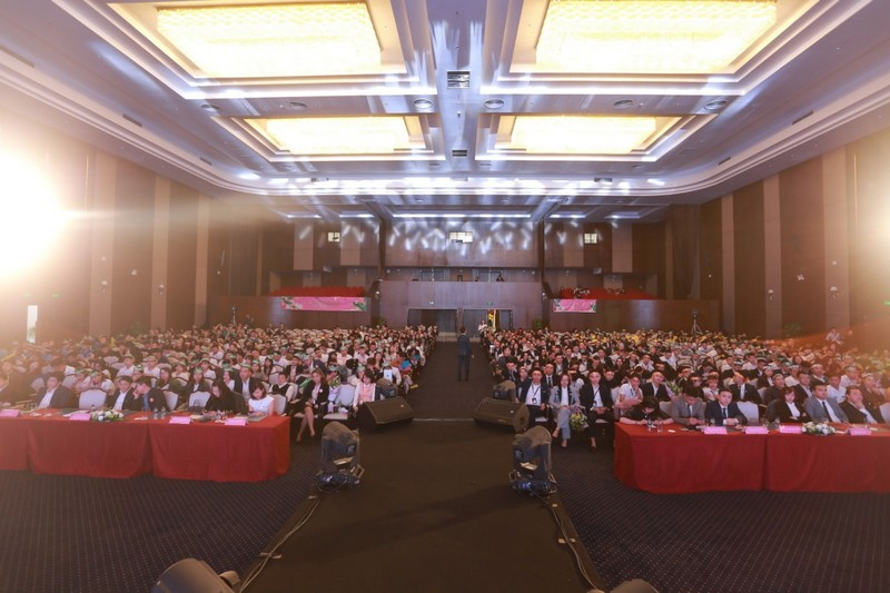 Gần 1.000 sales tham dự sự kiện khởi động dự án FLC Tropical City Ha Long