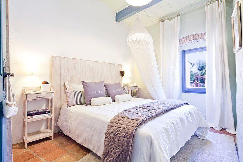 Cách làm mát phòng ngủ trong những ngày hè oi nóng
