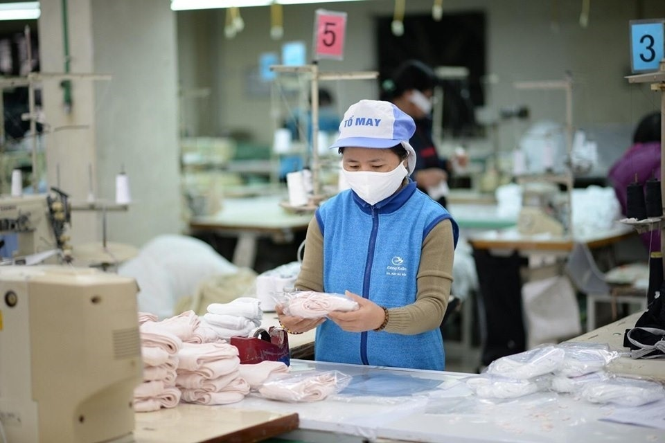 Việt Nam có thể trở thành công xưởng khẩu trang của thế giới