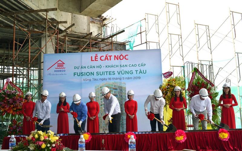 HODECO cất nóc dự án căn hộ - khách sạn cao cấp Fusion Suites Vũng Tàu