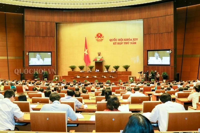 Kỳ họp thứ 7, Quốc hội khóa XIV: Thảo luận về phát triển kinh tế - xã hội