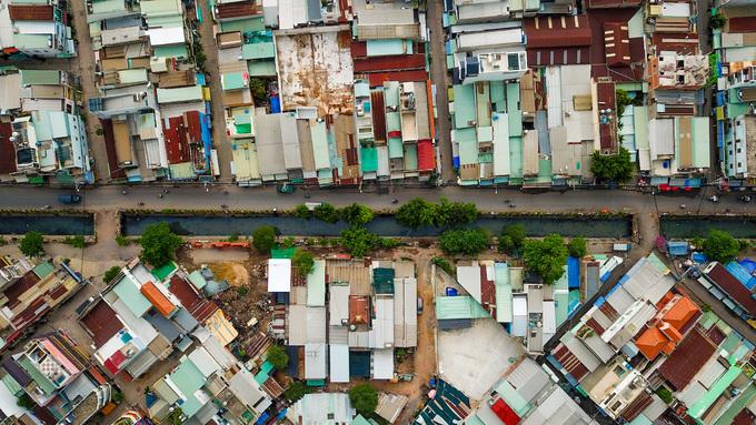 10 km kênh ô nhiễm ở Sài Gòn trước khi được cải tạo