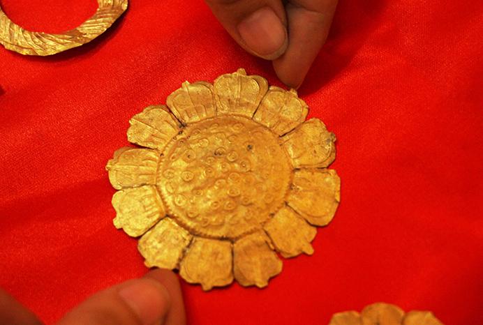 26 bảo vật vàng hơn nghìn năm tuổi ở miền Tây