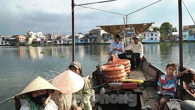 an tuong ao moi pho co bao vinh noi cuoi dong huong