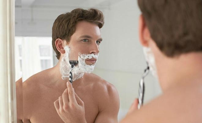 5 sai lầm đàn ông thường mắc khi cạo râu