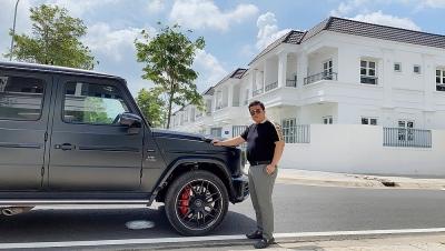 """CEO Nguyễn Duy Khương tham quan dự án bằng siêu xe """"Vua địa hình"""" Mercedes AMG G63"""