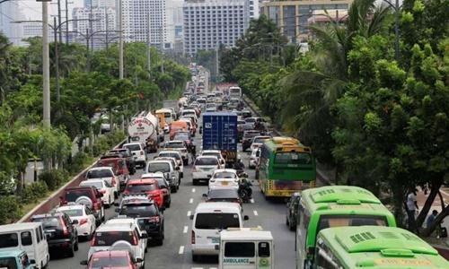Kẹt xe, ô nhiễm thôi thúc Philippines, Indonesia di dời thủ đô