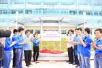 Gắn biển công trình Nhà thi đấu thể thao đa năng tỉnh Nam Định