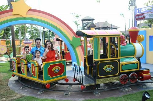 103449baoxaydung 7 Rực rỡ đèn lồng Hội An kỷ lục tại Asia Park Đà Nẵng