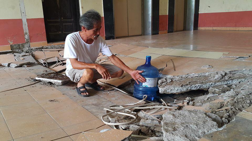 Sàn nhà chung cư bất ngờ sập trong đêm, cư dân Đồng Tàu nhốn nháo