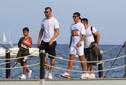'Đột nhập' biệt thự mới siêu sang của Cristiano Ronaldo