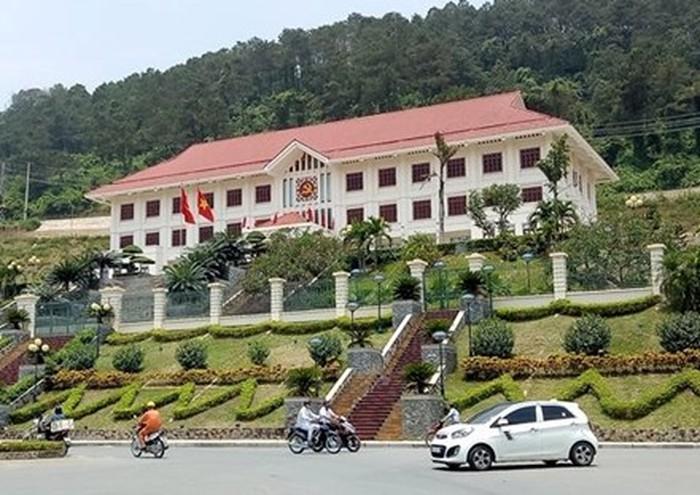 Góp ý việc triển khai đầu tư xây dựng khu trụ sở Liên cơ quan tỉnh Hòa Bình