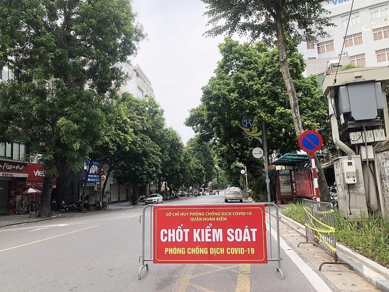 Hà Nội tiếp tục giãn cách xã hội