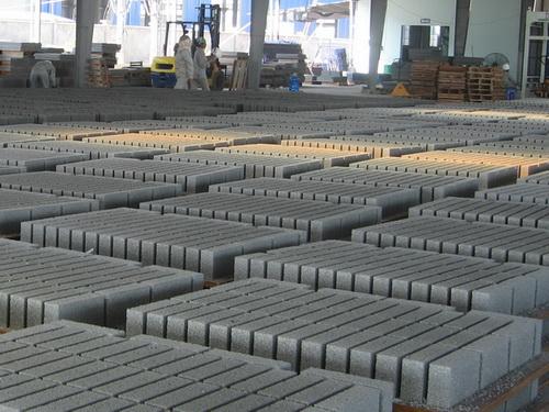 Hướng dẫn Sở Xây dựng các tỉnh, Thành phố trực thuộc Trung ương áp dụng định mức gạch xi măng cốt liệu và TCVN 6477:2011 để sử dụng gạch bê tông trong công trình xây dựng