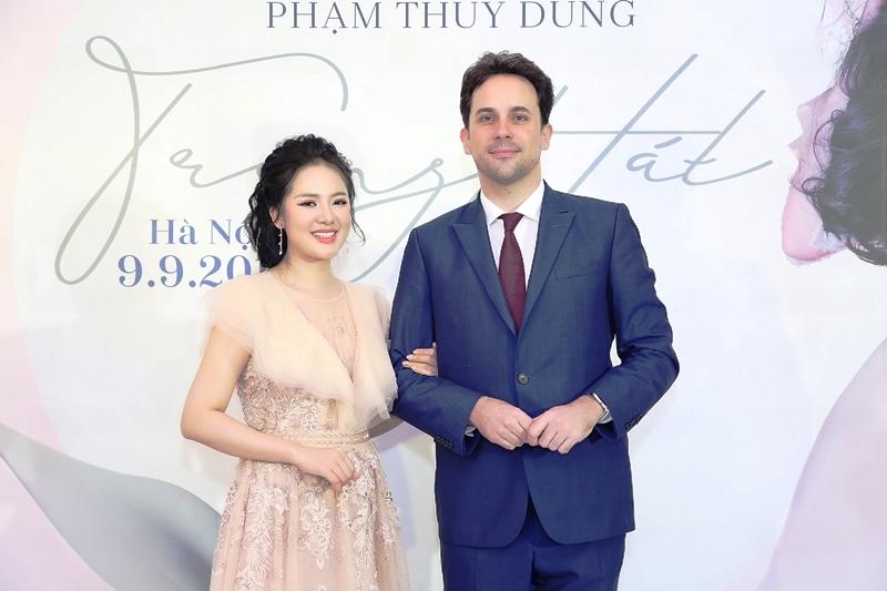 9 năm ca hát, Phạm Thùy Dung quyết định đánh dấu sự nghiệp bằng live concert đầu tiên