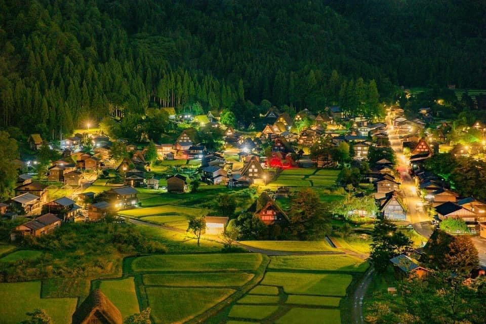 Những ngôi làng quyến rũ của Nhật Bản