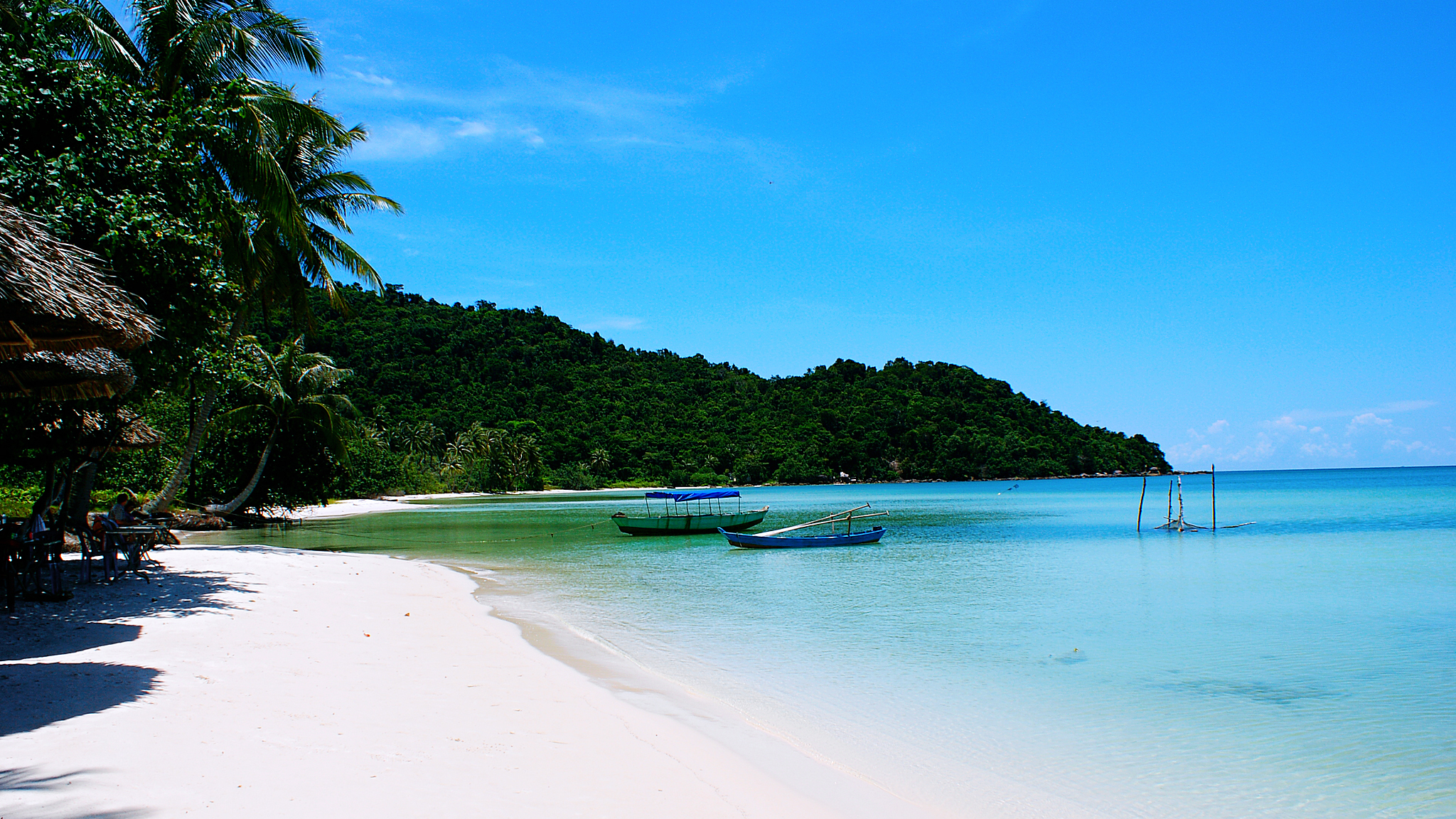 Giá vé máy bay cho đoàn của hãng Vietnam Airlines từ Rạch Giá tới Phú Quốc